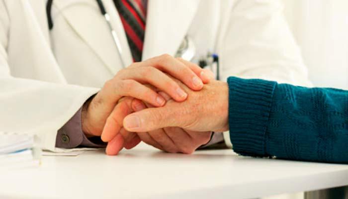 """Dr. Gabriel Inclán: """"El instrumento más importante del médico es la palabra"""""""